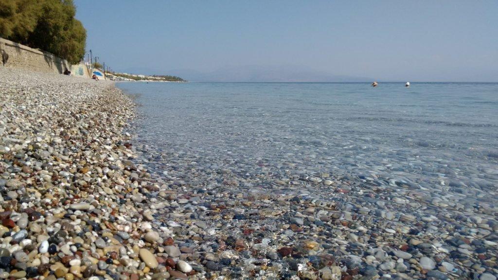 Paralia Akratas - Corinthian gulf, pebbles - Aug 2016