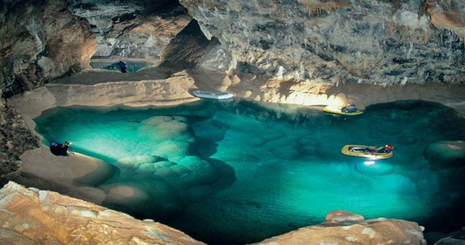Aigeira - Activities - Sightseeing - Lake Caves Kalavryta