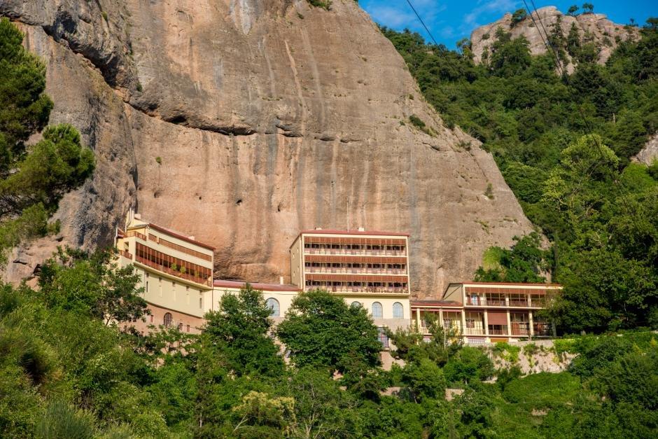 Aigeira - Activities - Sightseeing - Mega Spilaio